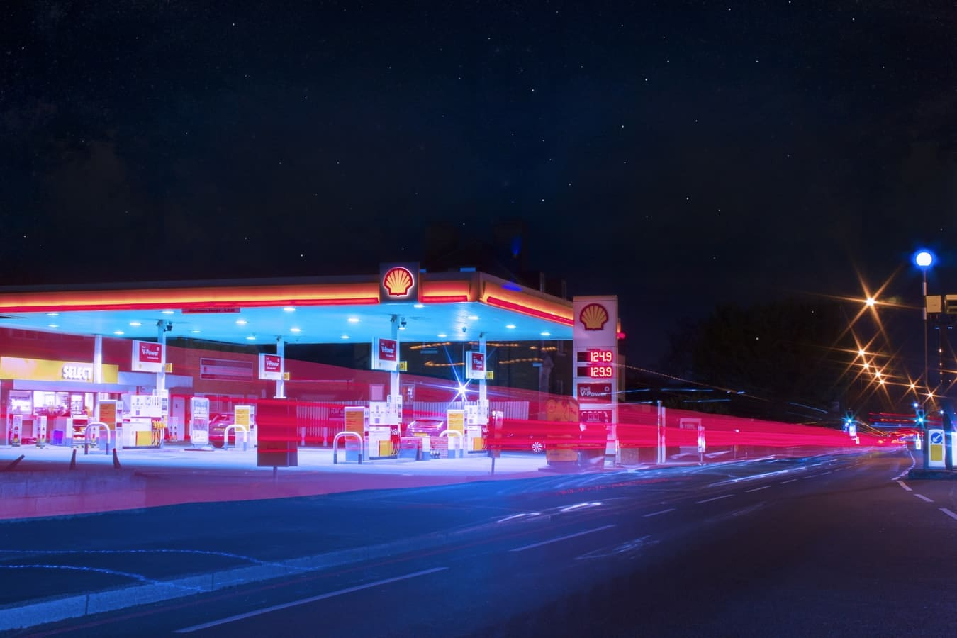 benzine prijs door het dak
